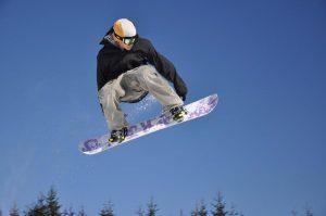 snowbaord injuries from foosh injury image